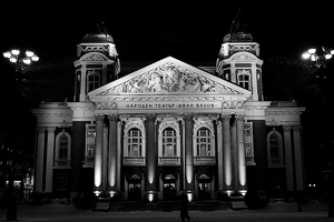 national.theater.night.2009.02 as graphic bw